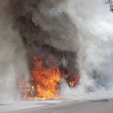 Atac: Media perfetta di un incendio al mese, l'amministrazione gioca col fuoco e con la sicurezza dei romani