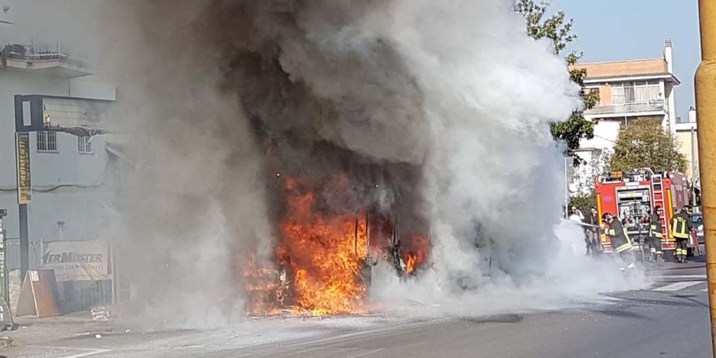 Atac: L'amministrazione gioca col fuoco e con la sicurezza dei romani