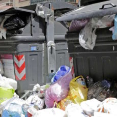 Rifiuti: I dirigenti passano, ma il ciclo dei rifiuti non cambia