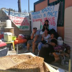 Lo sgombero di Camping River è una grave violazione dei diritti umani