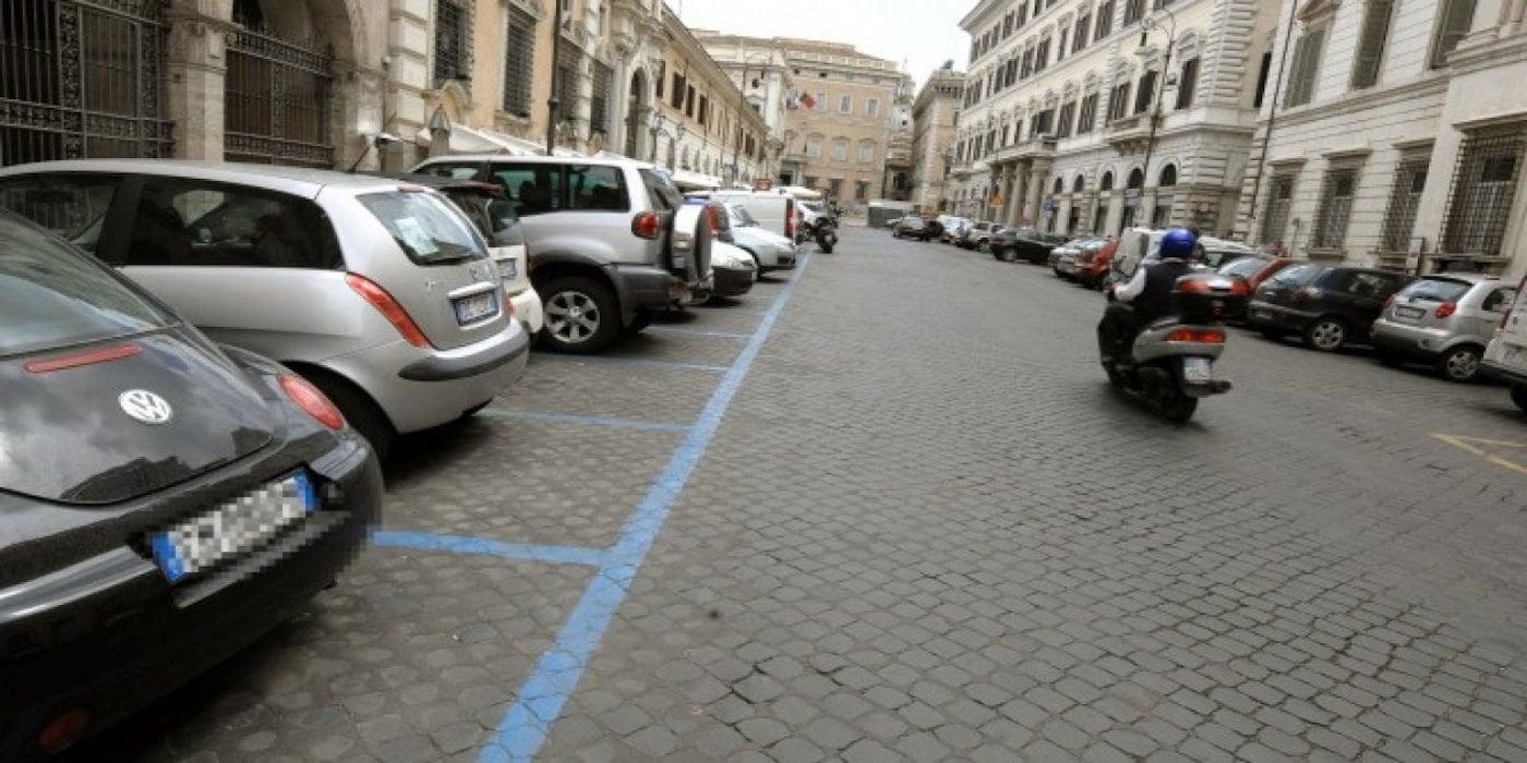 Ecopass e strisce blu: Roma senza progetto complessivo di mobilità